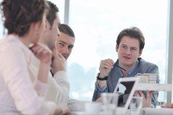 Englisch-nach-Mass-Firmenkurse-Gruppenkurse-Online-Firmenintern-Sprachkurse-Englischkurse